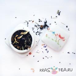 Фарфоровая чайница с росписью №2